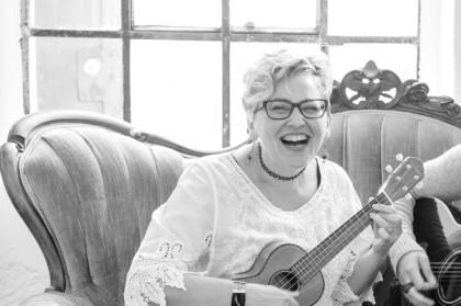 Petra Berghaus - Gesang mit Ukulele